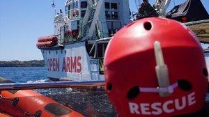 La decisió d'un jutge italià permet a l''Open Arms' entrar en aigües italianes