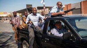 Set morts per l'onada de violència xenòfoba a Sud-àfrica