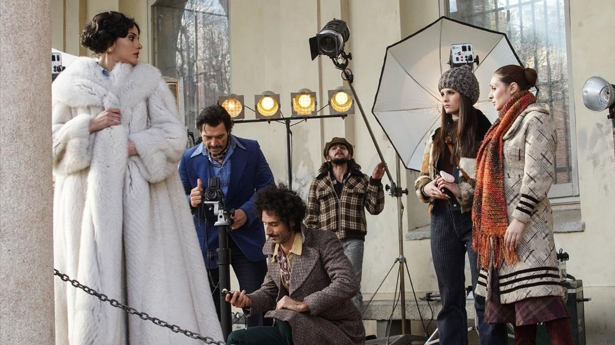 'Made in Italy' recrea l'auge de modistes com Armani i Versace