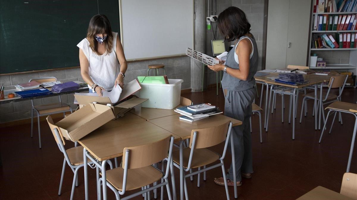 SOS d'una directora d'escola de Santa Coloma: «¡Necessito professors!»