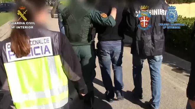Cau una banda formada per la 'Ndrangheta italiana i el clan de Los Castañas