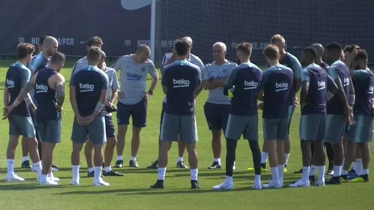 La plantilla del Barcelona ha iniciado hoy la actividad en el campo de entrenamiento de cara a la pretemporada 2018-19.