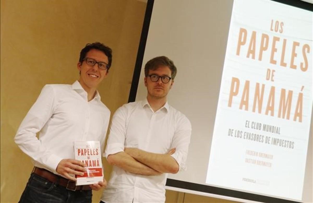 Bastian Obermayer y Frederik Obermaier, autores del libro 'Los papeles de Panamá'.