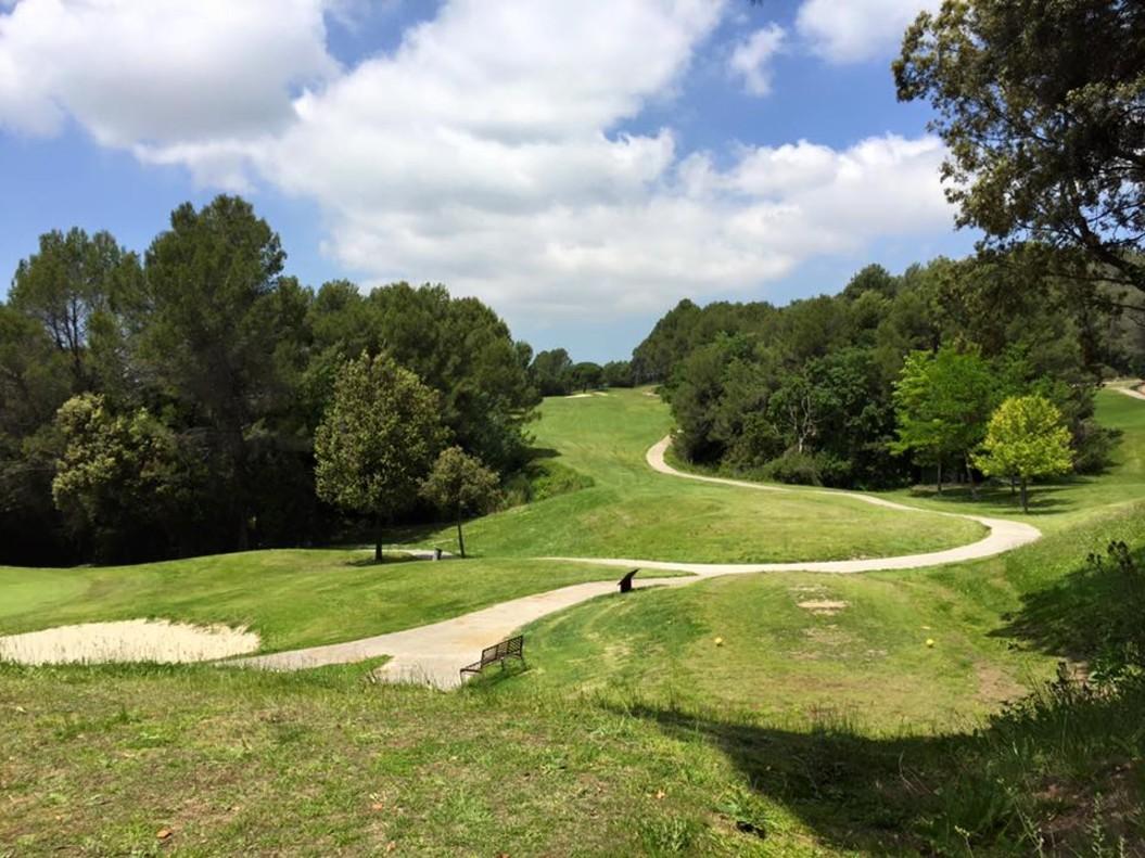 El campo de golf de Can Sant Joan de Rubí, cerrado por orden judicial