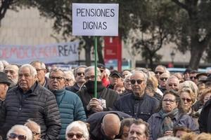 Concentración de jubilados en la plaza de Catalunya de Barcelona el pasado 22 de febrero.