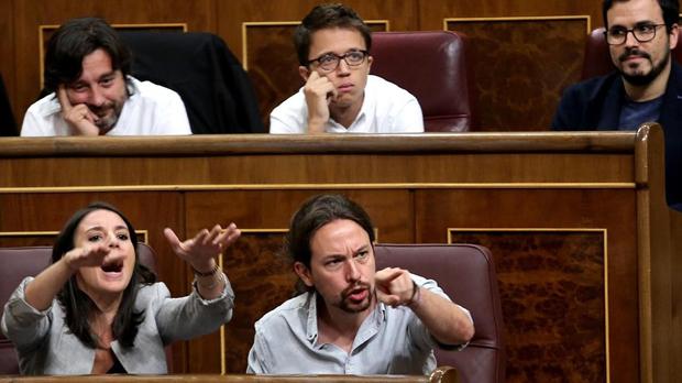 """Podemos acusa al Gobierno de poner """"en el disparadero"""" a la Guardia Civil en Catalunya"""