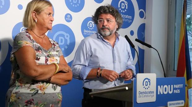 Incluyen referencias a la Fundación Francisco Franco, las corridas de toros o pagar los impuestos a Montoro