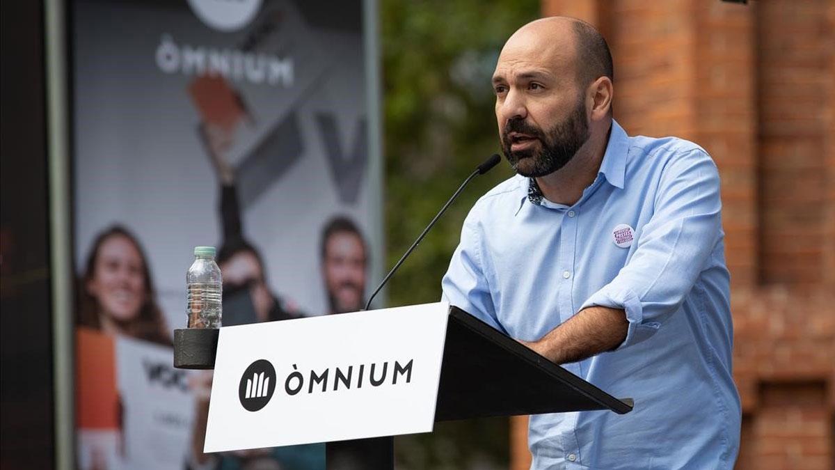 El vicepresidente de Òmnium, Marcel Máuri, alerta que sin sentencia absolutoria el Estado tendrá un problema grave con la democracia.
