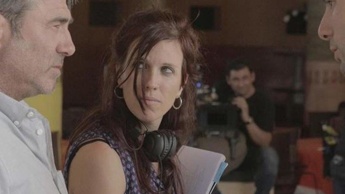 La directora Neus Ballús, en el rodaje de 'El viaje de Marta'