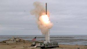 Lanzamiento de prueba deun misil balístico de los Estados Unidos.