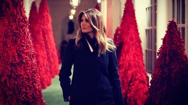 Melania Trump, criticada pels 'arbres de sang' nadalencs de la Casa Blanca