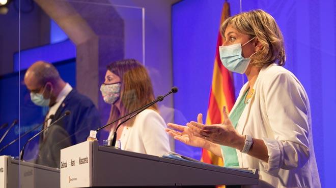 La Generalitat aumenta las restricciones en el área metropolitana de Barcelona. En la foto, la 'consellera' de Salut, Alba Vergés, durante el anuncio.