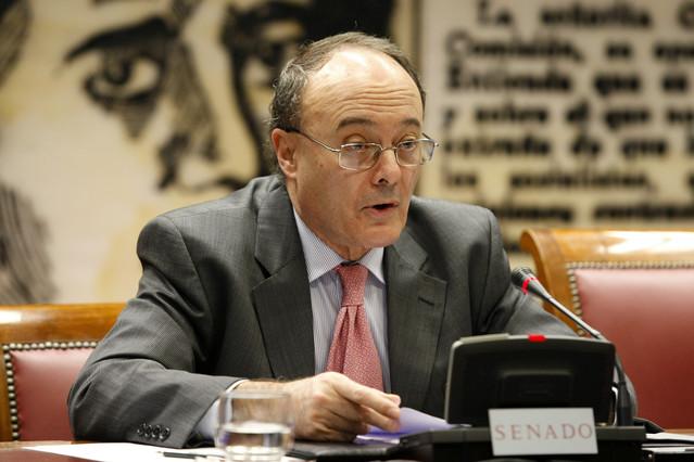 El gobernador del Banco de España, Luis María Linde, el pasado noviembre en el Senado.