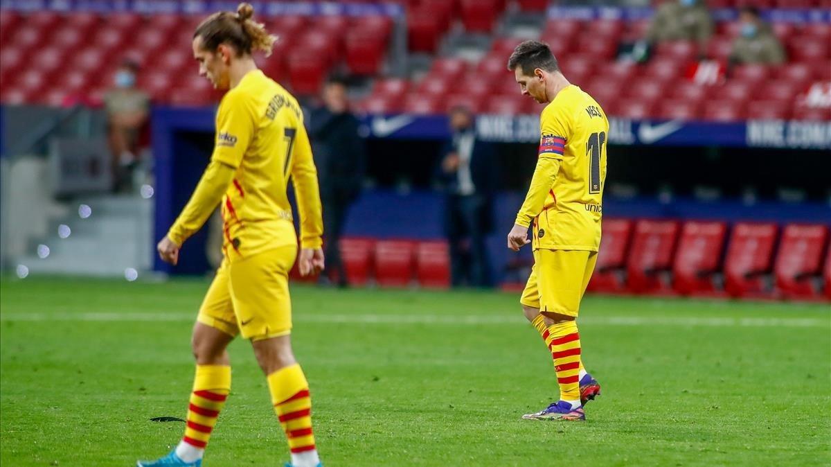 Griezmann y Messi, tras la derrota contra el Atlético.