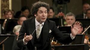Gustavo Dudamel al frente de la Orquesta Filarmónica de Viena en el Concierto de Año Nuevo del 2017.