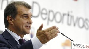 Joan Laporta, candidato a la presidencia del Barça, durante su intervención en el desatuno informativo de Europa Press en Madrid.