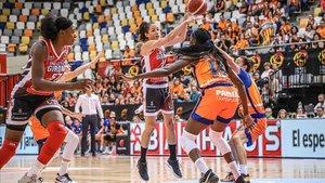Laia Palau, en un partido con el Spar Citylift Girona.