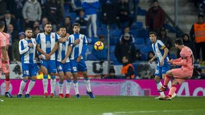 L'Espanyol topa amb un Messi enfadat (0-4)