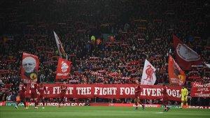 Las gradas de Anfield durante el último partido de la Premier.