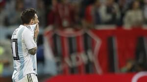 Leo Messi, con gesto de desesperación después del gol de Modric, que encarriló el triunfo croata
