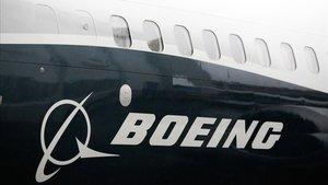 El logo de la compañía aérea en un Boeing 737 MAX.