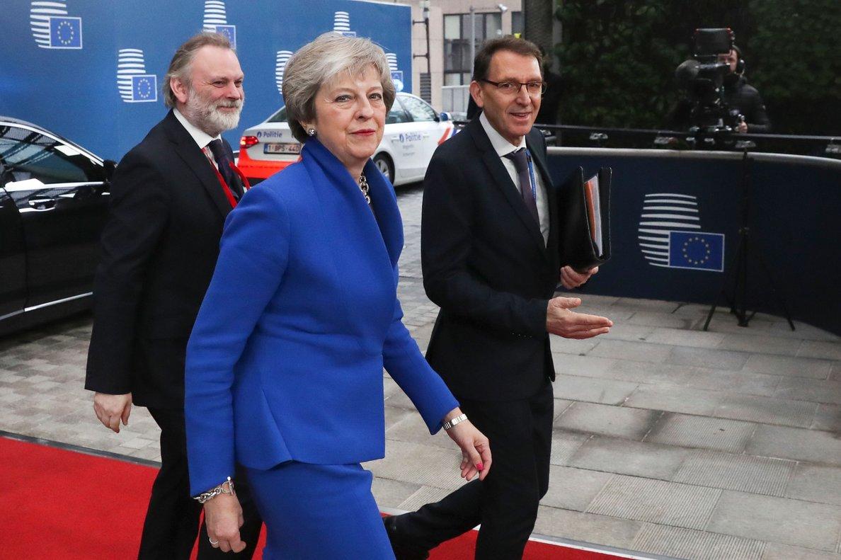 El Govern de May admet per primera vegada que sortir de la UE empobrirà el país