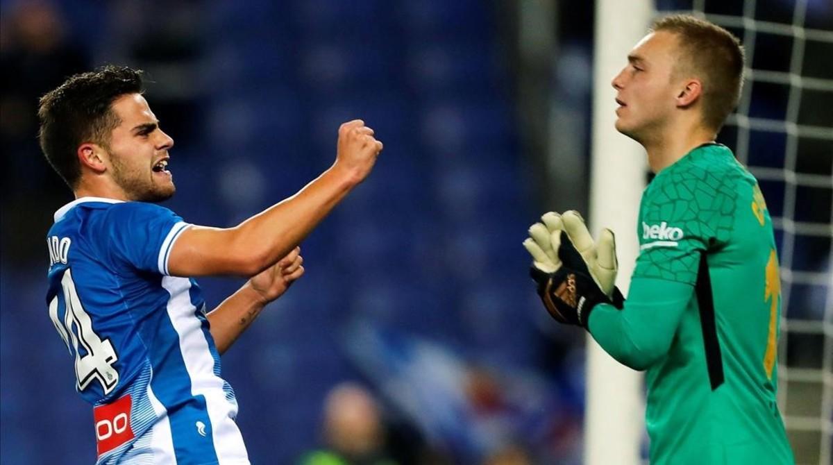 Melendo celebra su gol ante Cillessen.
