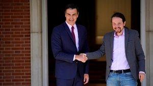 Pedro Sánchez se reúne con Pablo Iglesias de Unidas Podemos en la Moncloa.