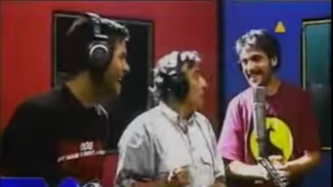 Peret i els germans Estopa interpreten el tema 'Lo mato'. Al videoclip es poden veure els altres artistes que col·laboren en el disc 'Rey de la rumba'.