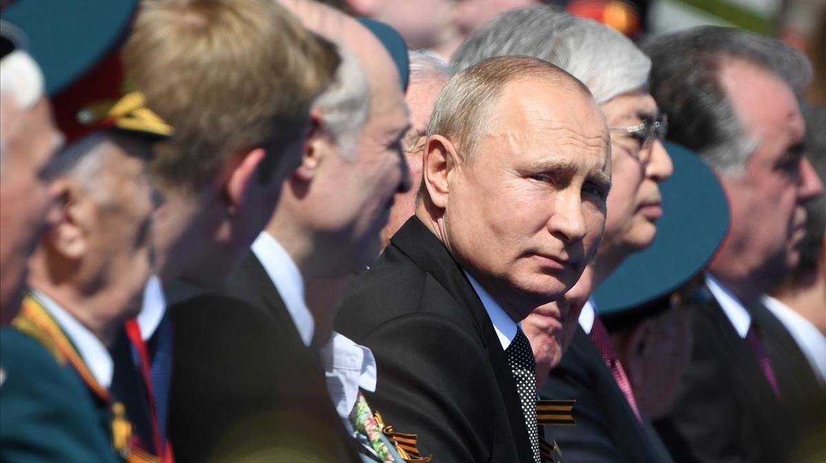 El presidente Putin este miércoles durante el desfile porel 75 anuversario de la victoria sobre los nazis en la segunda guerra mundial.