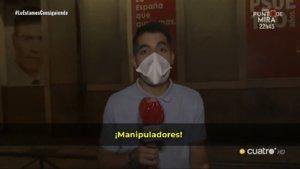 """Acosan a un reportero de 'Todo es mentira' en la cacerolada en la sede del PSOE: """"¡Fuera, mentiroso!"""""""