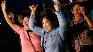 Alegría tras el exitoso rescate de los niños de la cueva de Tailandia.