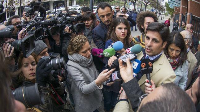 FranRivera declara ante los medios de comunicación tras declarar ante la Fiscalia de Menores de Sevilla a instancia del Defensor del Menor de Andalucía.