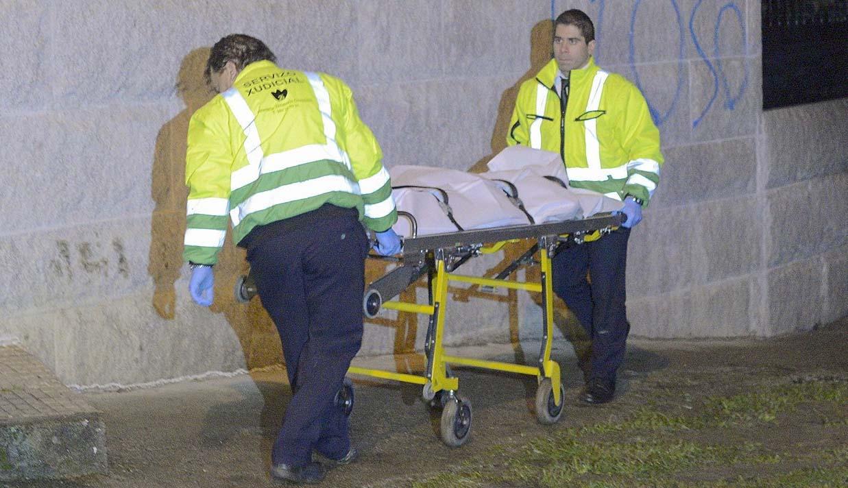 Mor apunyalada una dona a mans del seu marit en un poble d'Ourense