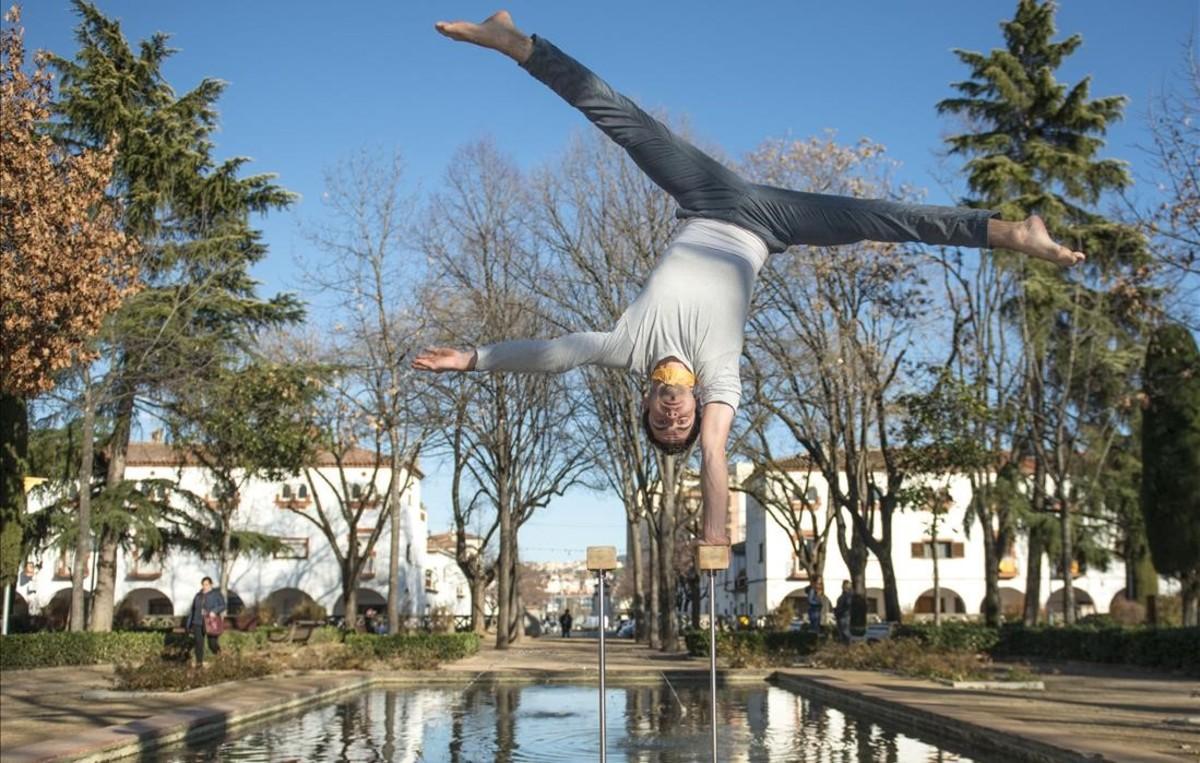Andreu Casadellà: «Dudé entre dedicarme a las mates o al circo»