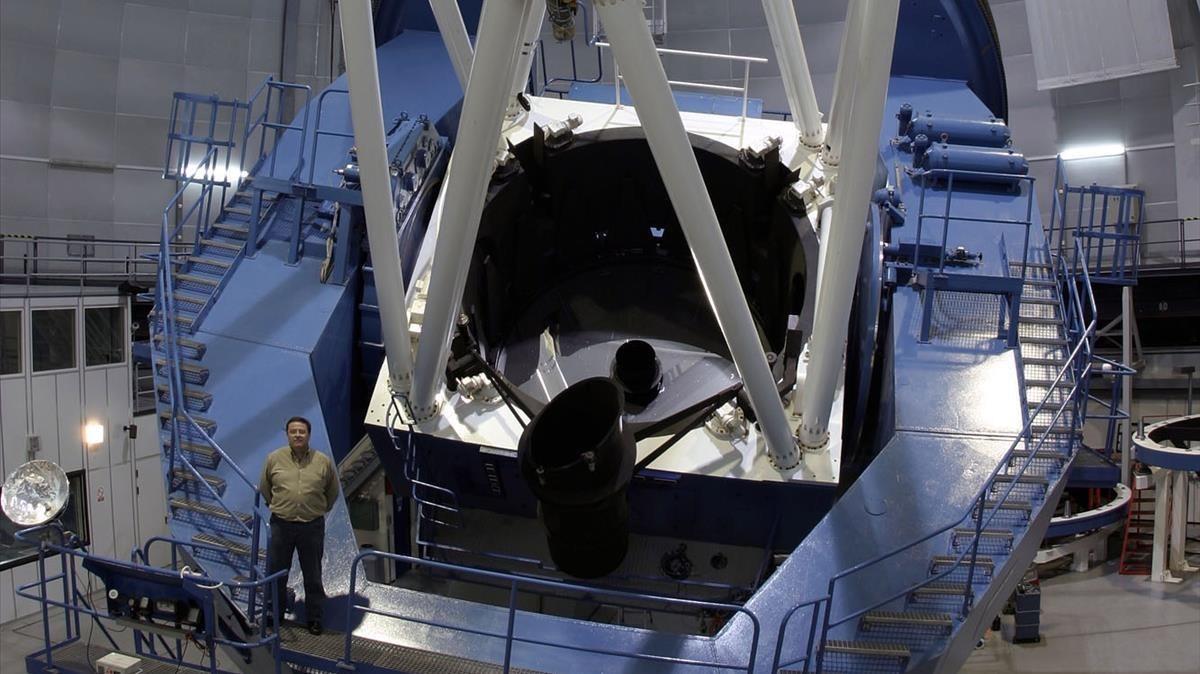 Instrumento CARMENES instalado en el telescopio principal del observatorio astronómico de Calar Alto, en Almería.