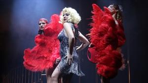 Gisela, caracterizada como Roxanne, en una escena de Rouge, fantastic love.