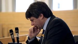 Els mossos van alertar Puigdemont que hi havia guàrdies al seu col·legi i li van facilitar votar en un altre