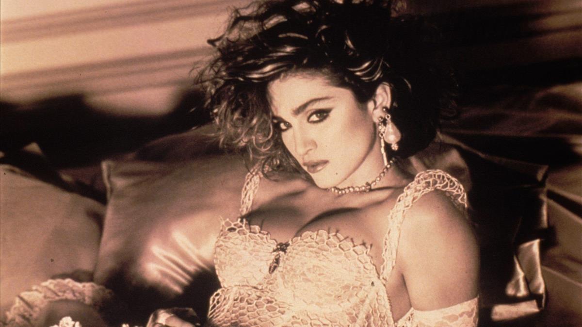 Madonna, en la portada de Like a virgin.