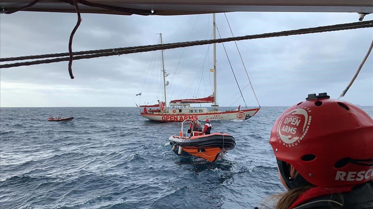 """Els 300 rescatats al Mediterrani a bord de l'Open Arms: """"cansats però agraïts"""""""