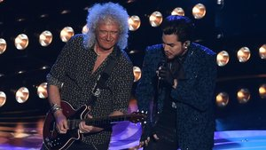 Brian May y Adam Lambert, de Queen, en la ceremonia de los Oscar.