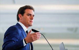 """Ciutadans remarca la davallada del PP i demana a Casado que """"accepti la mà estesa"""""""