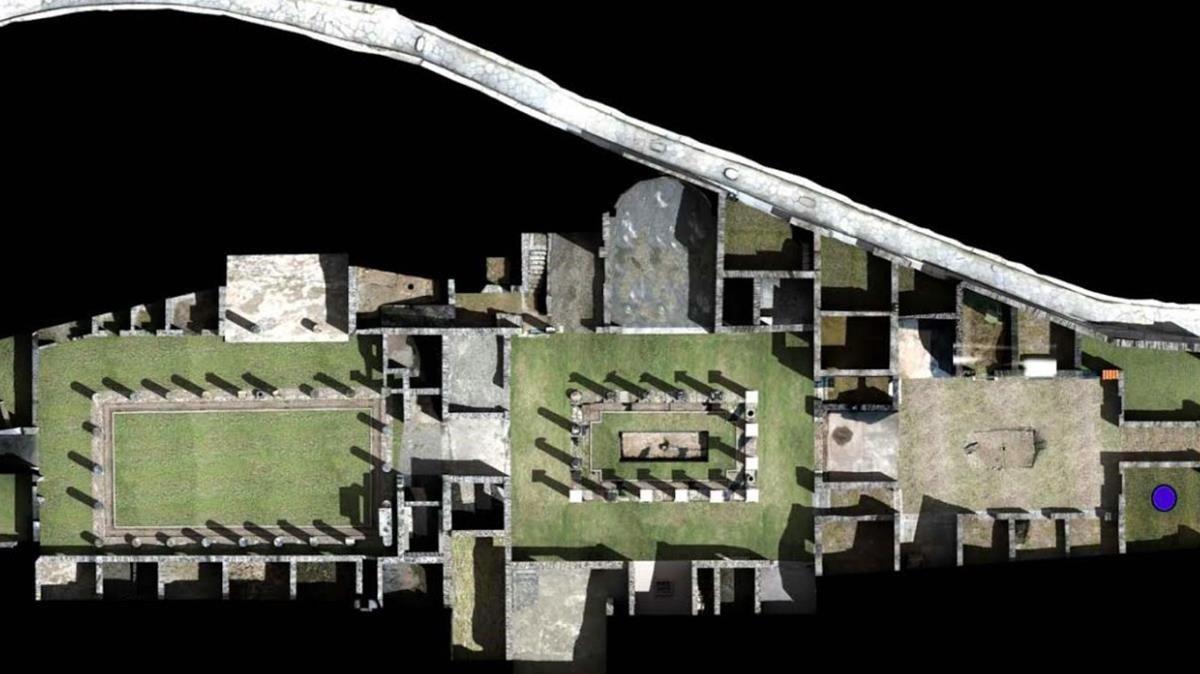 Vista cenital de la domus (casa) de Ariadna y ubicación de la perfumería localizada en Pompeya (Italia).