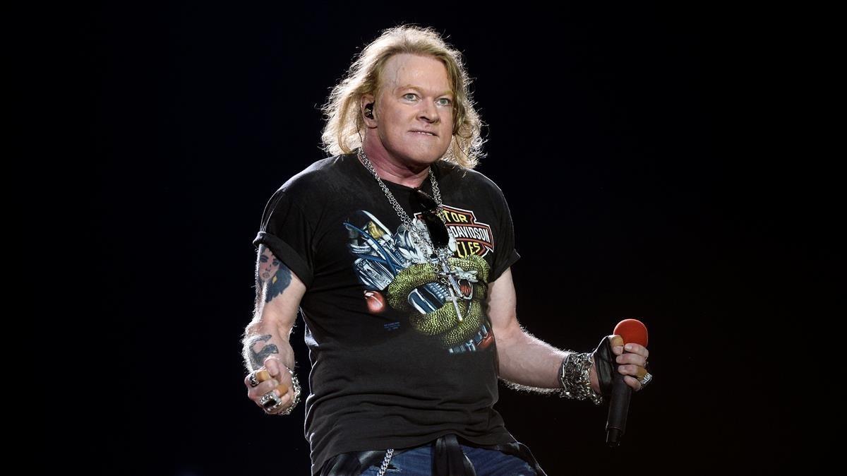 ealos38679122 axl rose lead singer of u s rock band guns n roses perfo171110115140