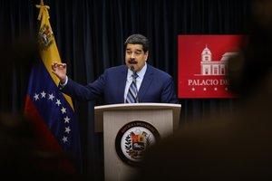 El presidente venezolanoNicolas Madurohabla durante una rueda de prensaen la Sala de Prensa Simon Bolivardel palacio de Miraflores en CaracasVenezuela.EFE Cristian Hernandez