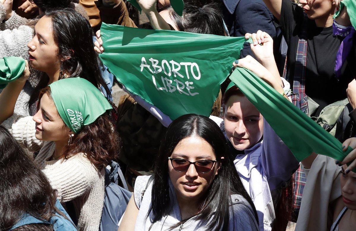 Según el Ministerio de Salud, en el año 2016 han muerto seis mujeres al mes a consecuencia de abortos practicados en centros y clínicas ilegales.