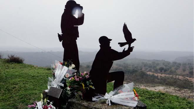Acto de homenaje a los dos agentes rurales abatidos a tiros hace dos años en Aspa.