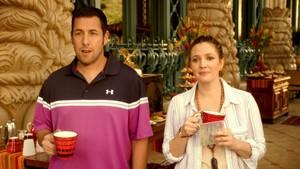 Adam Sandler y Drew Barrymore protagonizan Juntos y revueltos.