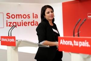 La vicesecretaria general del PSOE Adriana Lastra durante la rueda de prensa, este martes.