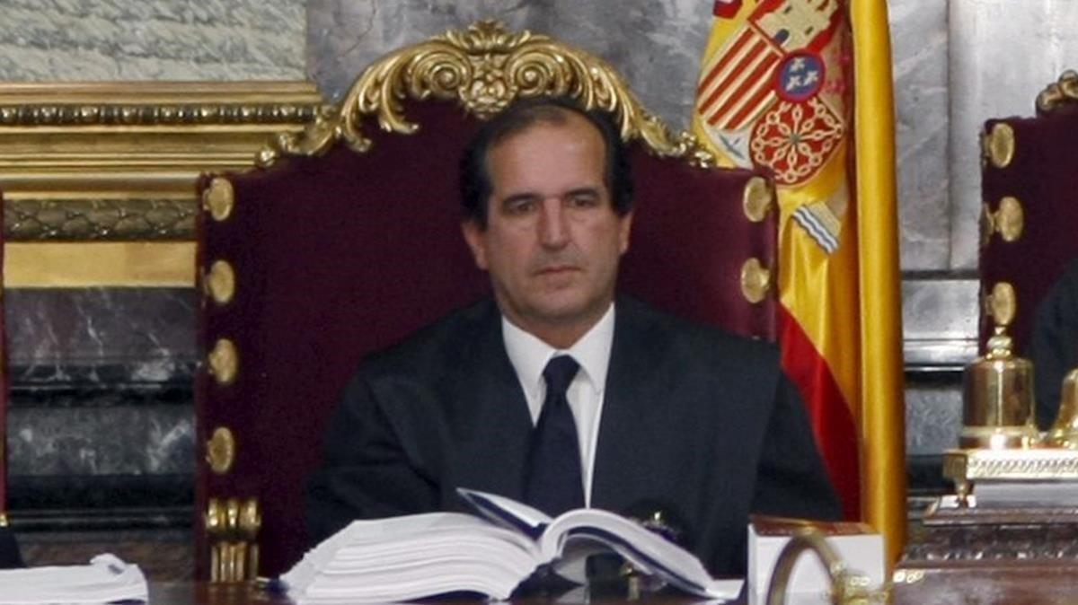 El magistrado Andrés MartínezArrieta, en el Tribunal Supremo.